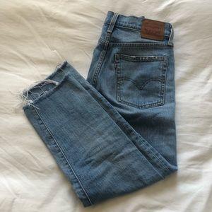 Levi's Wedgie Crop Jean